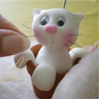 Figurine petit chat en porcelaine froide Tuto pour fabriquer