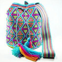 PC776 #Mochila #wayuu #eliwayuubags #neón #orange #arte #tradición & #color #hechoamano #estilo #hippie #moda #tendencias #adicción #momentos #magia #casual #wayuubags #bolsaswayuu #wayuubolsas #bolsawayuu #Colombia #Usa #Brasil Info:  Whatsapp 3006388348 Envíos nacionales e intenacionales