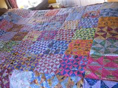 Half Square Triangle Quilts, Bonnie Hunter, Hourglass, Triangles, Quilting, Scrap, Challenge, Dishes, Blanket
