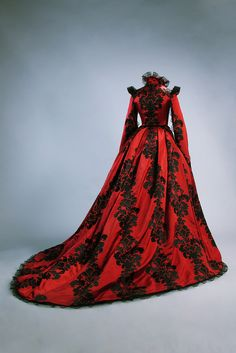 found on Fripperies and Fobs - Costume designed by Massimo Cantini Parrini for Salma Hayek in Tale of Tales