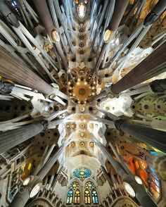 Sagrada familia by superchinois801 on 500px