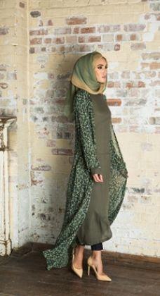 Modest way of wearing hijab with kimono – Girls Hijab Style & Hijab Fashion Ideas Modest Wear, Modest Dresses, Modest Outfits, Abaya Fashion, Modest Fashion, Fashion Outfits, Fashion 2016, Fashion Ideas, Muslim Women Fashion