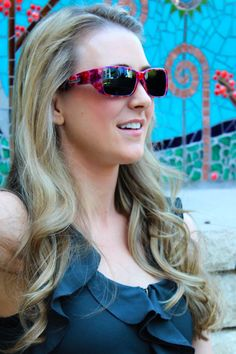 Nowie Berry Crush fitover sunglasses by Jonathan Paul® Fitovers are made with unparalleled technology specifically to wear comfortably over prescription glasses... and they look GREAT. Definitely not your grandparents' fitovers!