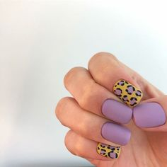 Mauve nails and animal print - ChicLadies. Nail Design Stiletto, Nail Design Glitter, Mauve Nails, Leopard Nails, Fabulous Nails, Perfect Nails, Fancy Nails, Trendy Nails, Swag Nails