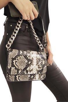 Mode Safari, Crocodile, Gucci, Shoulder Bag, Style, Fashion, Shoe, Leather, Small Backpack