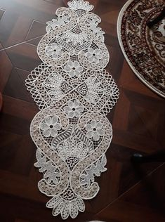 Point Lace, Tatting Patterns, Crochet Diagram, Crochet Doilies, Quilling, Runners, Bedding, Table, Home Decor