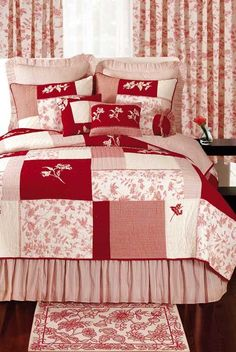 red toile blocks quilt and bedding