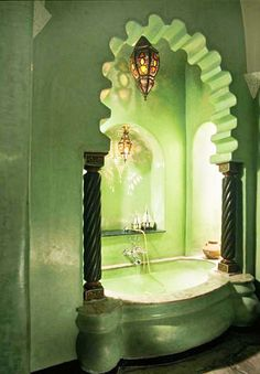 Ok seriously this is just lux all the way around. I would feel like a goddess in this tub. gorgeous green bath