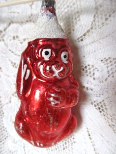Very early glass ornament - what a find! Antique 1920's Red Bear Glass Christmas by AuntSuesVintage on Etsy, $39.99