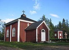 Kolarinsaaren kirkko ja kellotapuli.