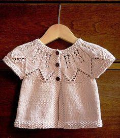 Baby Cardigan Sweater Knitting Patterns - Accessories of Women Baby Sweater Patterns, Baby Knitting Patterns, Baby Patterns, Free Knitting, Baby Cardigan, Baby Sweaters, Baby Hats, Crochet Baby, Free Pattern