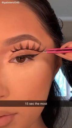 Doll Eye Makeup, Eyebrow Makeup Tips, Edgy Makeup, Makeup Videos, Makeup Inspo, Skin Makeup, Eye Makeup Tutorials, Makeup Tutorial Videos, Makeup Inspiration