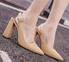 2017 Spring New Arrival shoes woman Pointed Toe Thick Heel Buckle high heels sapato feminino Party Ladies Shoes Elegant Shoes