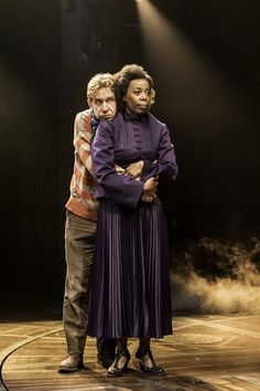 High Res Paul Thornley (Ron Weasley) and Noma Dumezweni (Hermione Granger) Harry Potter and the Cursed Child Mode Harry Potter, Harry Potter Cursed Child, Harry Potter Stories, Harry Potter Fandom, Harry Potter World, Ron And Hermione, Ron Weasley, Hermione Granger, Draco