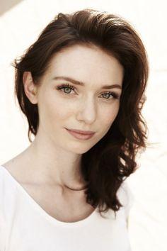 Eleanor Tomlinson / Born: Eleanor May Tomlinson, May 19, 1992 in England, UK