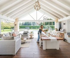 This generous Waikato home's outdoor living is what dreams are made of - Outdoor Rooms Quinta Interior, Outdoor Living Rooms, Outdoor Living Furniture, Inside Home, Outdoor Kitchen Design, Outdoor Kitchens, Indoor Outdoor Kitchen, Country Kitchens, Farmhouse Interior