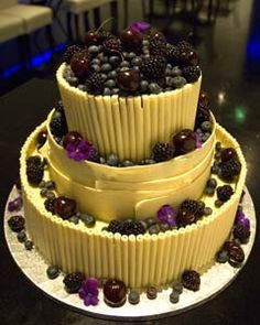 fruit wedding cake  http://www.perfect-wedding-day.com/fruit-wedding-cakes.html