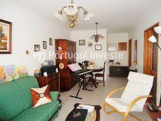 Vende apartamento T2, em excelente estado, no Monte da Caparica - Portugal Investe
