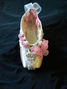 Customise your own deorated pointe shoe by ClassicTutuDesigns