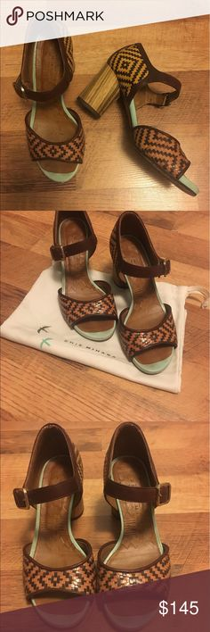 Chie Mihara sandal pumps! Woven leather print with wooded heel <3 chie mihara Shoes Heels
