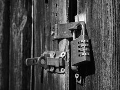 Learn about one of the most experienced locksmiths in Spokane, Washington. He offers affordable specialized residential and commercial services in both home and automotive emergencies in the area!