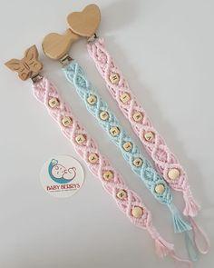 Crochet Cushion Cover, Crochet Cushions, Crochet Pacifier Clip, Crochet Mask, Arts And Crafts, Diy Crafts, Macrame Art, Macrame Patterns, Friendship Bracelet Patterns