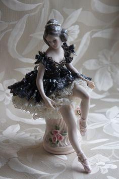 バレリーナ Keiko's Lace Doll