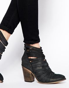 on sale e46e0 cfe9b Enlarge Free People Hybrid Strapped Heeled Ankle Boots Pretty Shoes, Cute  Shoes, Chunky Heels
