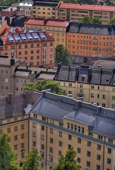 Going for a bird's eye view / Töölö, Helsinki / photographed by M. Muinonen, 2008 / creative commons CC BY-NC-ND 2.0