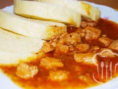 Guláš - bravčový Chana Masala, Curry, Ethnic Recipes, Food, Red Peppers, Meal, Essen, Hoods, Curries