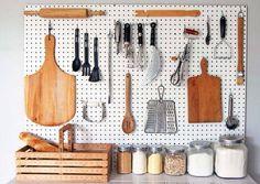 kitchen-pegboard-storage