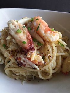 Spaghetti Aglio e Olio with Dungeness Crab A simple dish made decadent with the addition of sweet dungeness crab. Crab Pasta Recipes, Seafood Pasta, Seafood Dishes, Fish And Seafood, Pasta Dishes, Seafood Recipes, Gourmet Recipes, Cooking Recipes, Healthy Recipes
