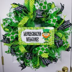 Check out this item in my Etsy shop https://www.etsy.com/listing/586288053/st-patricks-day-wreath-leprechaun-wreath