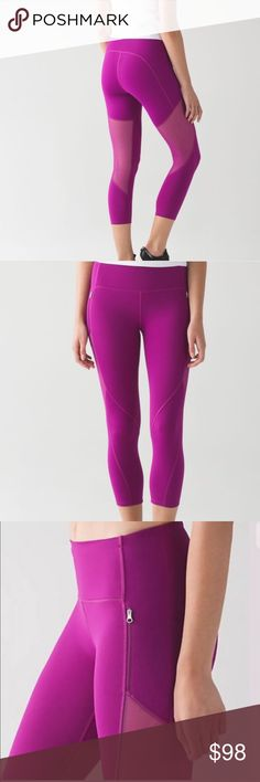 "Lululemon Rush Hour 21"" Crop NWT/10 DFUS Lululemon Rush Hour 21"" Crop NWT/10 DFUS ✅ALWAYS OPEN TO OFFERS-unless marked firm on price ✅OFFERS SHOULD BE MADE THROUGH POSH OFFER FEATURE ✅PRICES NOT DISCUSSED IN COMMENTS  ✅FEEL FREE TO ASK ANY QUESTIONS  ❎NO TRADES lululemon athletica Pants Ankle & Cropped"