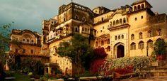 Heritage Hotels & Resorts near Delhi for Weekend – Neemrana Fort Palace