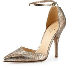 kate spade new york liliana metallic snake-print pump (€210) ❤ liked on Polyvore featuring shoes, pumps, heels, sapatos, gold, kate spade shoes, metallic pointed toe pumps, heels & pumps, leather shoes and metallic pumps