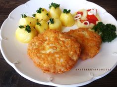Raspberrybrunette: Šťavnatý kurací rezeň so syrom ( Hrbaté rezne ) Czech Recipes, Ethnic Recipes, Main Meals, Macaroni And Cheese, Chicken Recipes, Food And Drink, Cooking Recipes, Snacks, Dinner