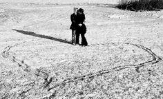 Winter romance... hold hands... enjoy the snow!