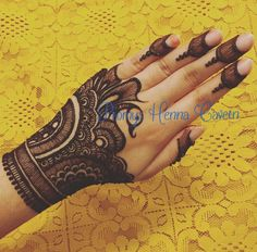 #henna #mehndi #design Unique Mehndi Designs, Beautiful Mehndi Design, Latest Mehndi Designs, Mehndi Designs For Hands, Henna Tattoo Designs, Bridal Mehndi Designs, Mehndi Design Pictures, Mehndi Images, Mehandhi Designs