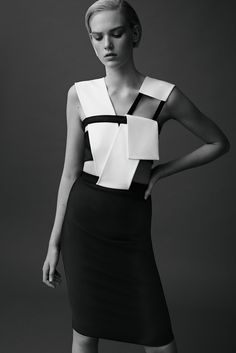 Geometric Dress with graphic lines & structured folds // Mugler Resort 2015