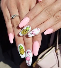 There are a variety of unique nail art designs. Flamingo nail design seems to be the best trend in the current season. Flamingos on white or pink backgrounds are great nail art designs. Of course, Flamingo Nail design is not limited to this, nail art Cute Nails, Pretty Nails, My Nails, Pink Nails, Summer Nails 2018, Summer Toenails, Nail Summer, Pineapple Nails, Pineapple Nail Design