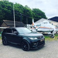 #range #rangerover #rangeroversport #landrover #revere #luxurycars #car #cars #carporn #caroftheday Best Suv, Range Rover Sport, Cadillac Escalade, Cars And Motorcycles, Offroad, 4x4, Automobile, Wheels, Passion