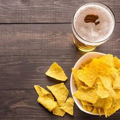 Time to relax, eh?  #fridayevening #fridaynight #weekend #beer #tgif #enjoy #friends #family #tumbler #nachos #munchies #bar #pub #restaurants #nightout #hangout #drinks #community #foodporn #foodgram #instafood #mumbai #chennai #hyderabad #bangalore #navimumbai #pune #kolkata #newdelhi #zomatoin