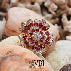Blue Diamond Jewelry, Gold Rings Jewelry, Diamond Brooch, Emerald Jewelry, Gold Bangles, Womens Jewelry Rings, Gold Jewellery, Diamond Rings, Jewlery
