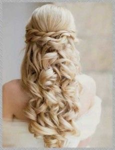 half up half down wedding hairstyles with tiara and veil