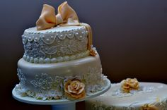 #GoldeneyePhotography #Wedding #Details #Beautiful #Nikon #Cake
