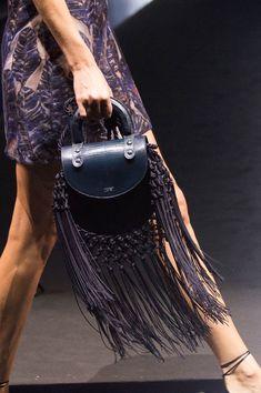 Giorgio Armani at Milan Fashion Week Spring 2017 - Details Runway Photos