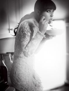 Monica Bellucci - looking good even when eating spaghetti