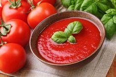 Prinášame vám recept na polievku, ktorá kombinuje najlepšie zložky na boj proti zápalu a zároveň chutí fantasticky.