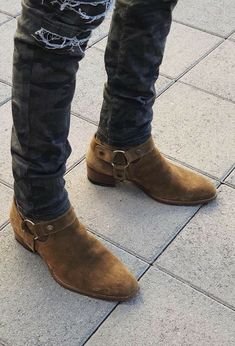 Cowboy Boot Outfits, Chelsea Boots Outfit, Mens Shoes Boots, Shoe Boots, Denim Fashion, Fashion Boots, Moda Men, Man Dressing Style, African Men Fashion